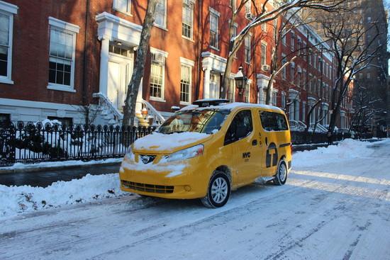 Name: Nissan-Evalia-Yellow-Caba-75061.jpg Größe: 1024x683 Dateigröße: 286616 Bytes