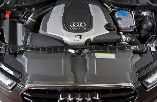 Name: Audi_A6_30BiTDI_044BD.jpg Größe: 1535x997 Dateigröße: 1012882 Bytes