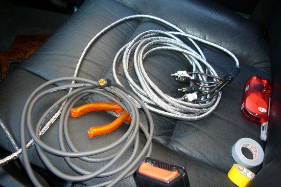 blog eintrag einbau moniceiver kabel neu ziehen zum auto bmw 5er e34 deine. Black Bedroom Furniture Sets. Home Design Ideas