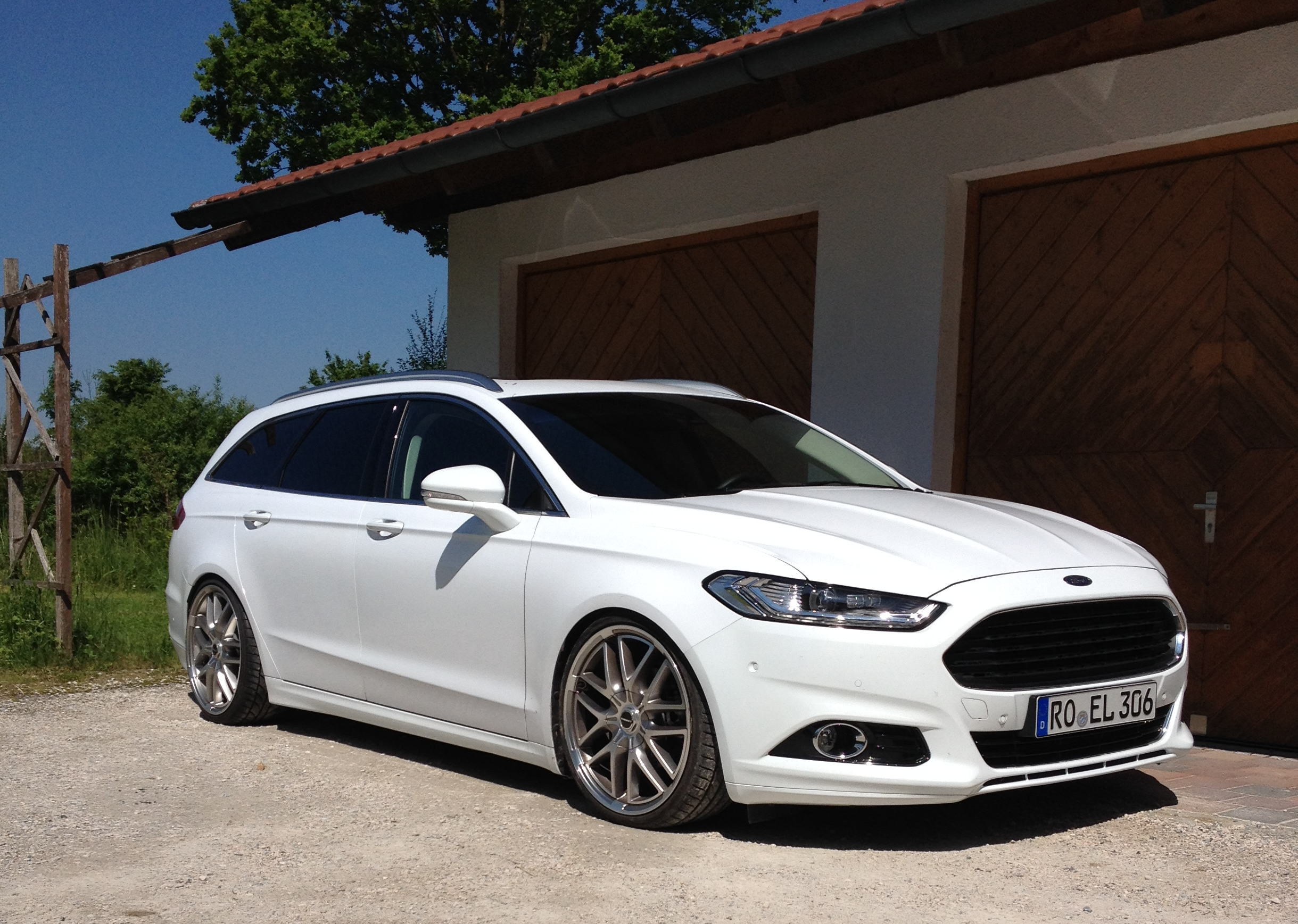 auto ford mondeo r turnier 2015 20 zoll tuning. Black Bedroom Furniture Sets. Home Design Ideas