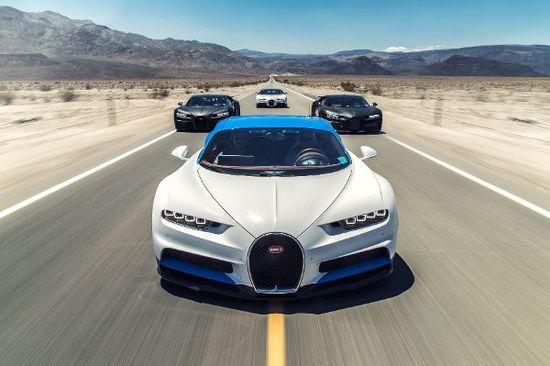 Luxus + Supersportwagen - Bugatti Chiron auf dem Highway to Hell